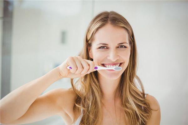 梦见病人刷牙
