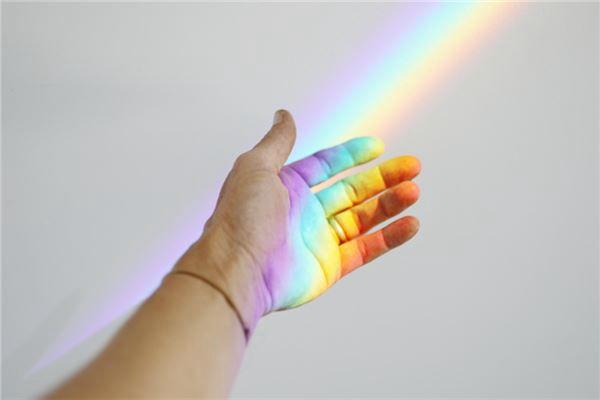 梦见跨越彩虹