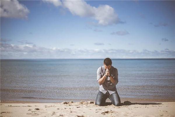 梦见自己在祈祷
