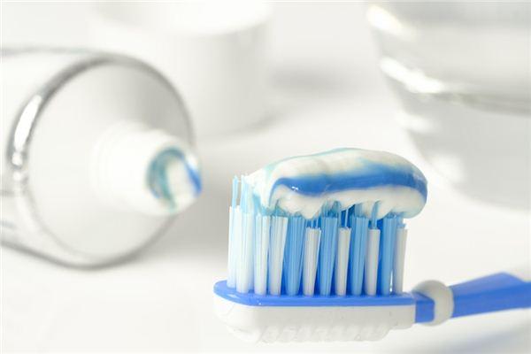 梦见刷牙是什么意思