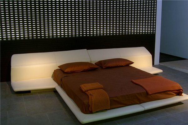 夢見尿床是什么意思