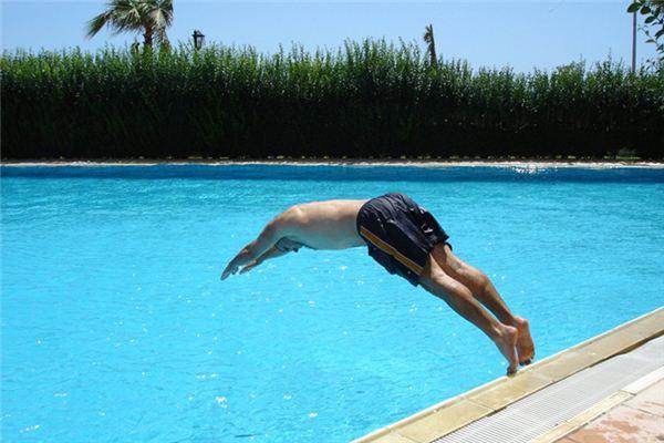 梦见跳水是什么意思