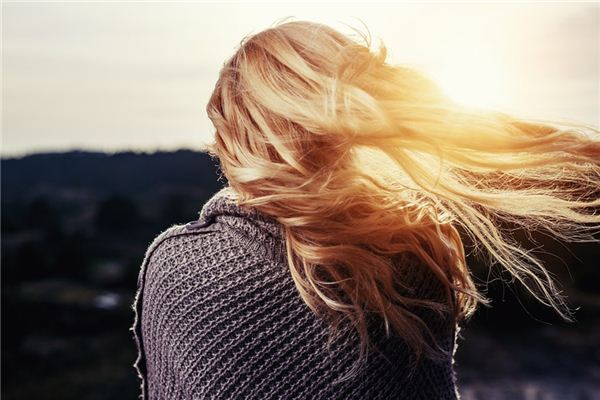 梦见掉头发是什么意思