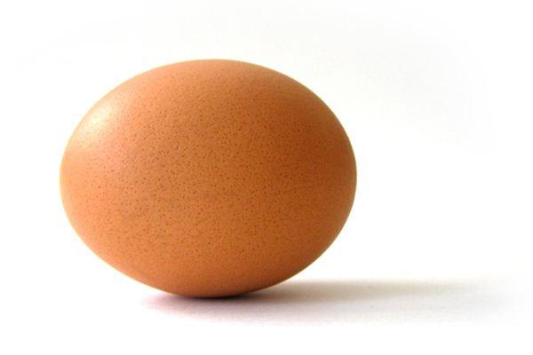 梦见母鸡下蛋是什么意思