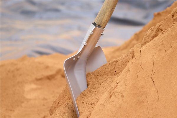 梦见挖坑是什么意思