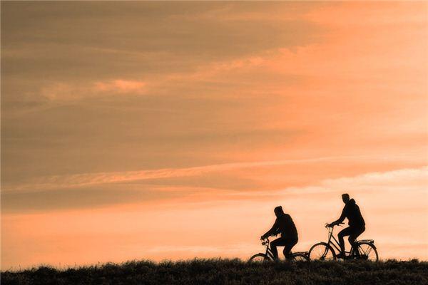 梦见骑自行车是什么意思