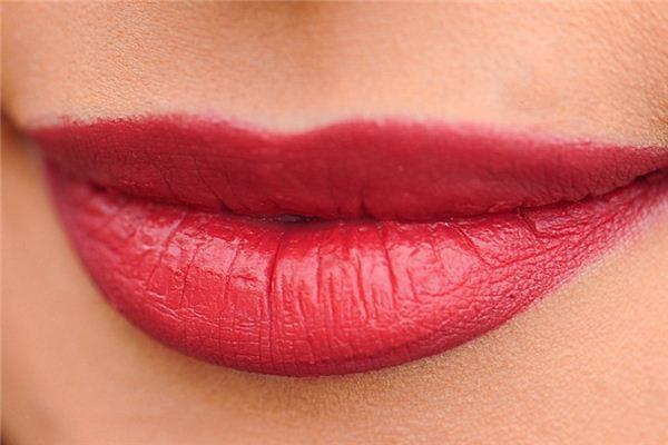 夢見嘴唇是什么意思