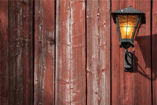 梦见松木灯是什么意思