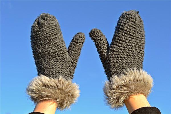 梦见手套是什么意思