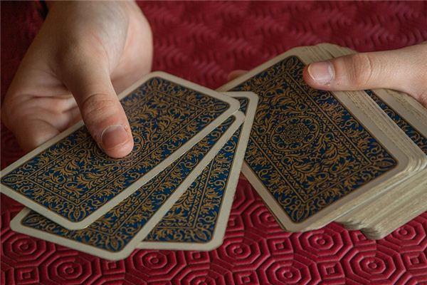 梦见玩牌是什么意思