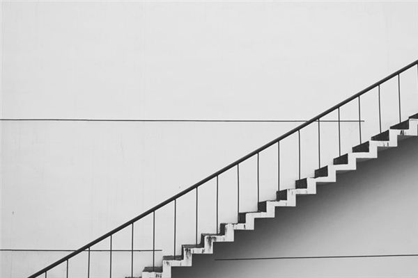 梦见楼梯是什么意思