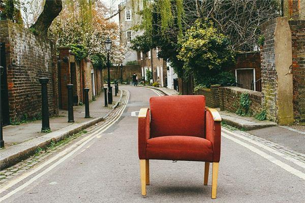 梦见椅子是什么意思