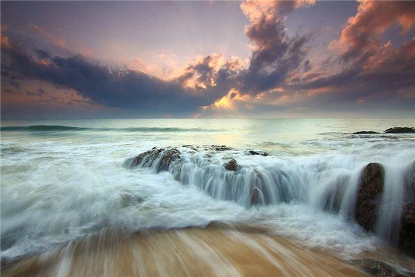 梦见水流是什么意思