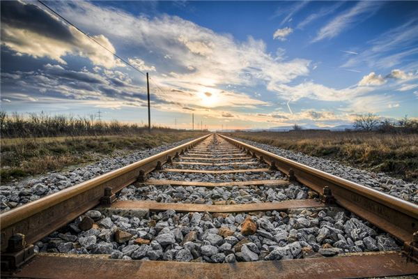 梦见铁轨是什么意思