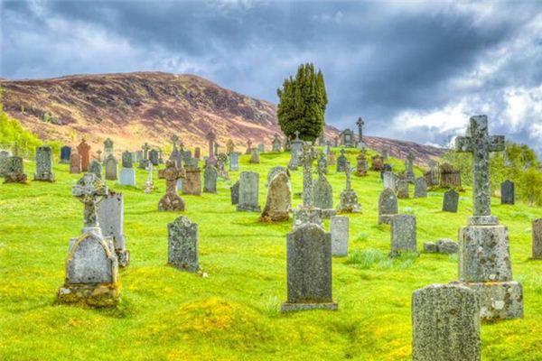 梦见修坟是什么意思