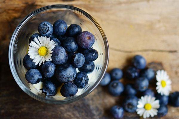 梦见蓝莓是什么意思