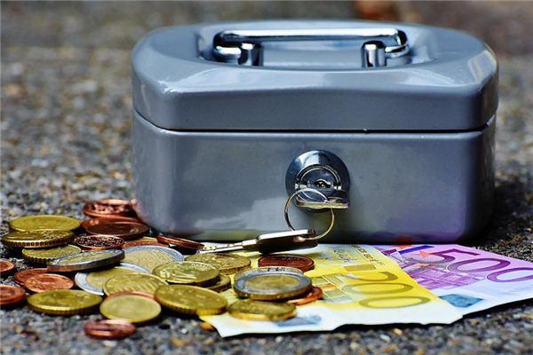 梦见钱箱是什么意思