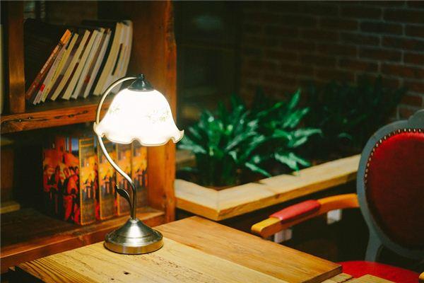 梦见台灯是什么意思