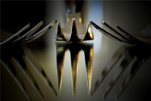梦见长钢叉是什么意思