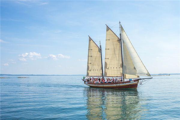 梦见帆船是什么意思