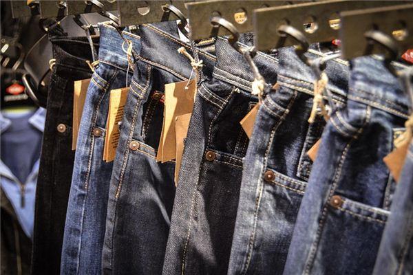 梦见买裤子_周公解梦梦到买裤子是什么意思_做梦梦见买裤子好不好插图
