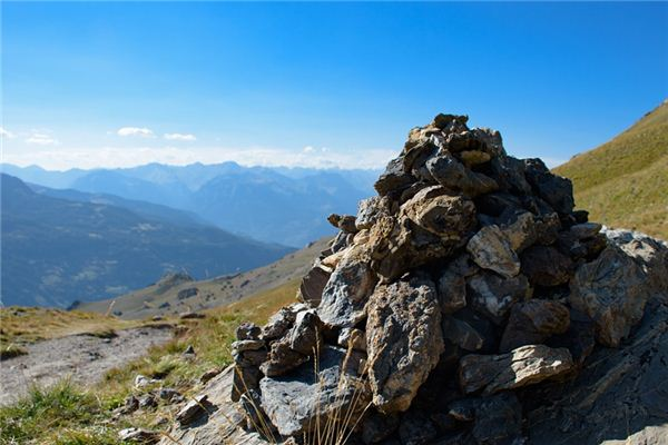 梦见假山是什么意思