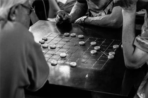 梦见下象棋是什么预兆