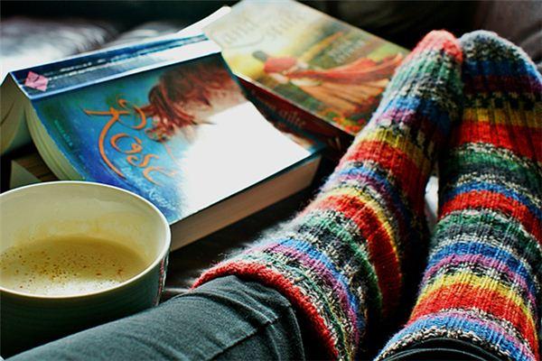 梦见袍袜是什么意思