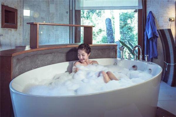 梦见澡堂是什么意思