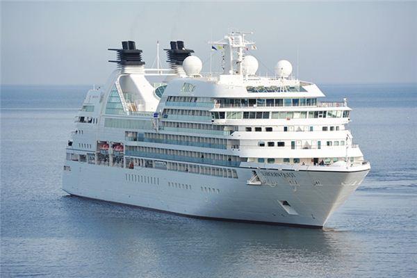 梦见海上行船是什么意思