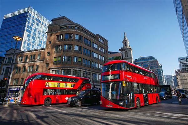 梦见公共汽车是什么预兆