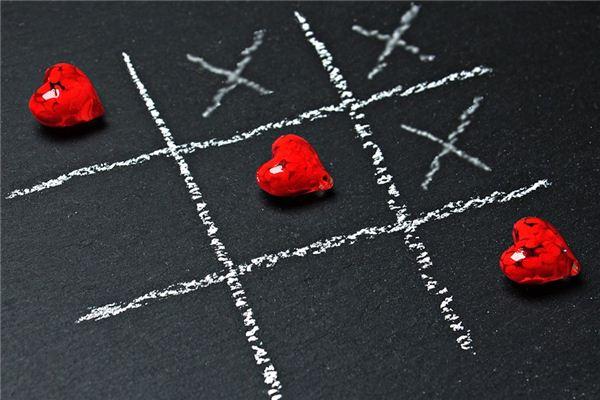 梦见三角恋爱是什么意思