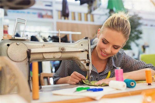 梦见女裁缝师是什么意思