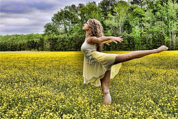 梦见女人跳舞是什么意思