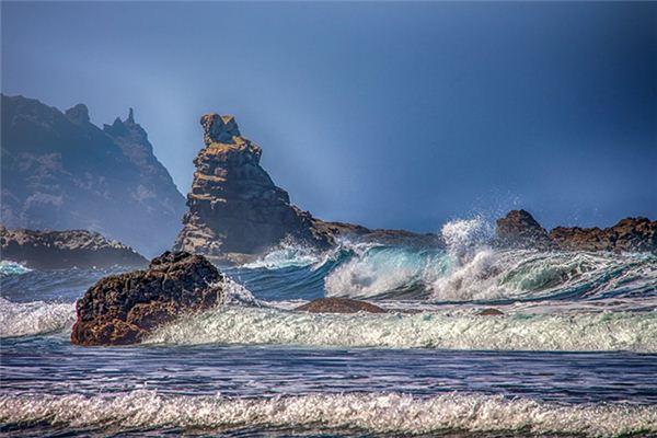 梦见海水暴涨是什么意思