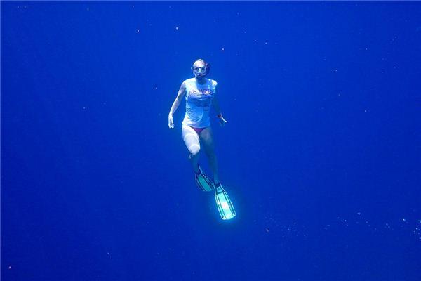 梦见下水救人是什么意思