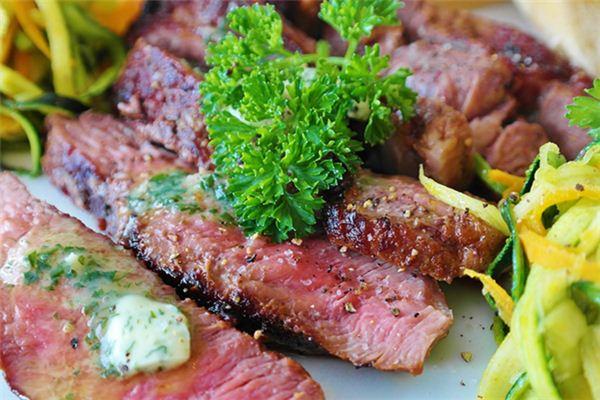 梦到吃肉是什么意思周公解梦