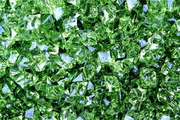 梦见绿宝石是什么意思