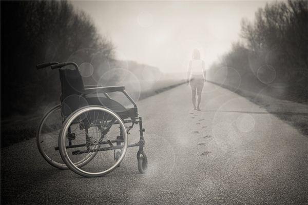 梦见去世的人还活着