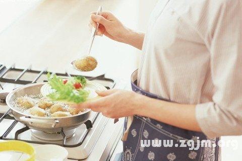 梦见烹调 烧菜