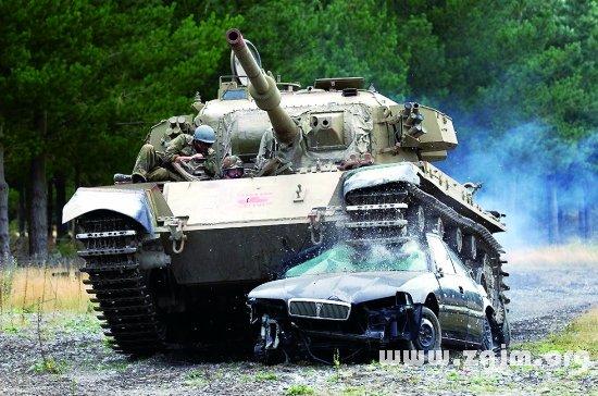 梦见开坦克