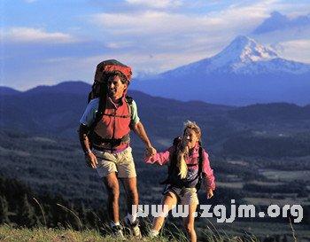 梦见家人旅游