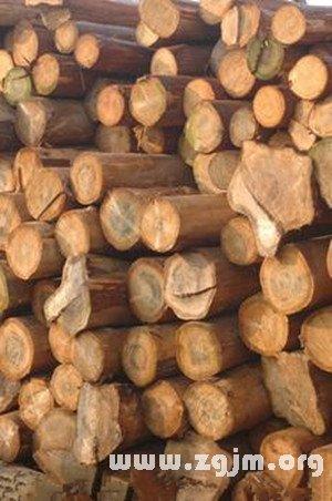 梦见在木材上行走