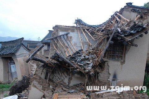 庄闲游戏房屋倒塌