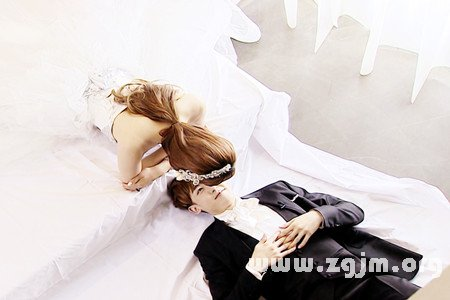 一分鐘預測出將來你會嫁給誰?