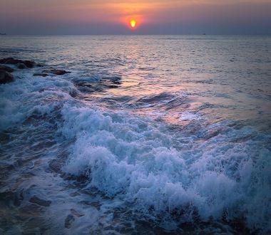 梦见大海或湖水